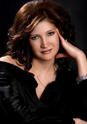 Любовь Шепилова. Фотография с официального сайта певицы www.shepilova.ru