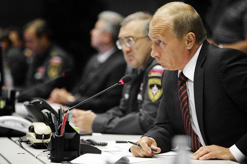 Владимир Путин на заседании по Саяно-Шушенской ГЭС