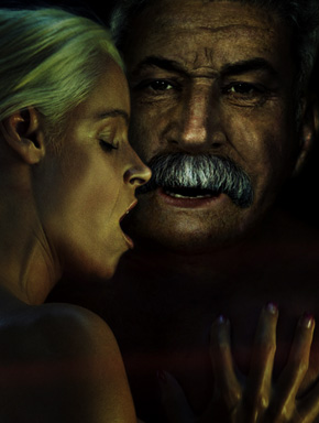 """Образ Иосифа Сталина в анти-СПИД-рекламе """"СПИД - это серийный убийца"""""""