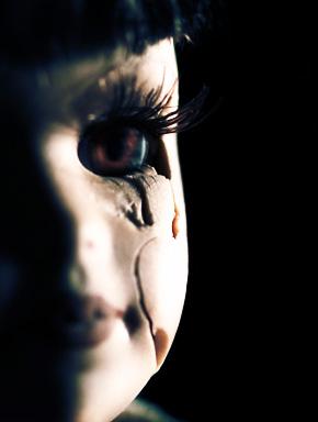 Убитая кукла
