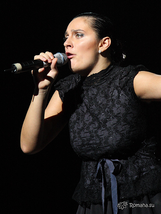 Елена Ваенга фото 1 в Театре Эстрады (фото Роман Данилин Https://zdorovsko.ru)