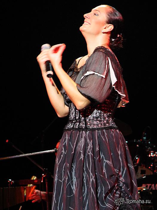 Елена Ваенга фото 5 в Театре Эстрады (фото Роман Данилин Https://zdorovsko.ru)