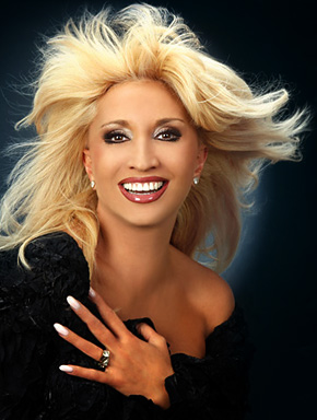 Ирина Аллегрова. Фрагмент фото с официального сайта Ирина Аллегровой www.irinaallegrova.ru